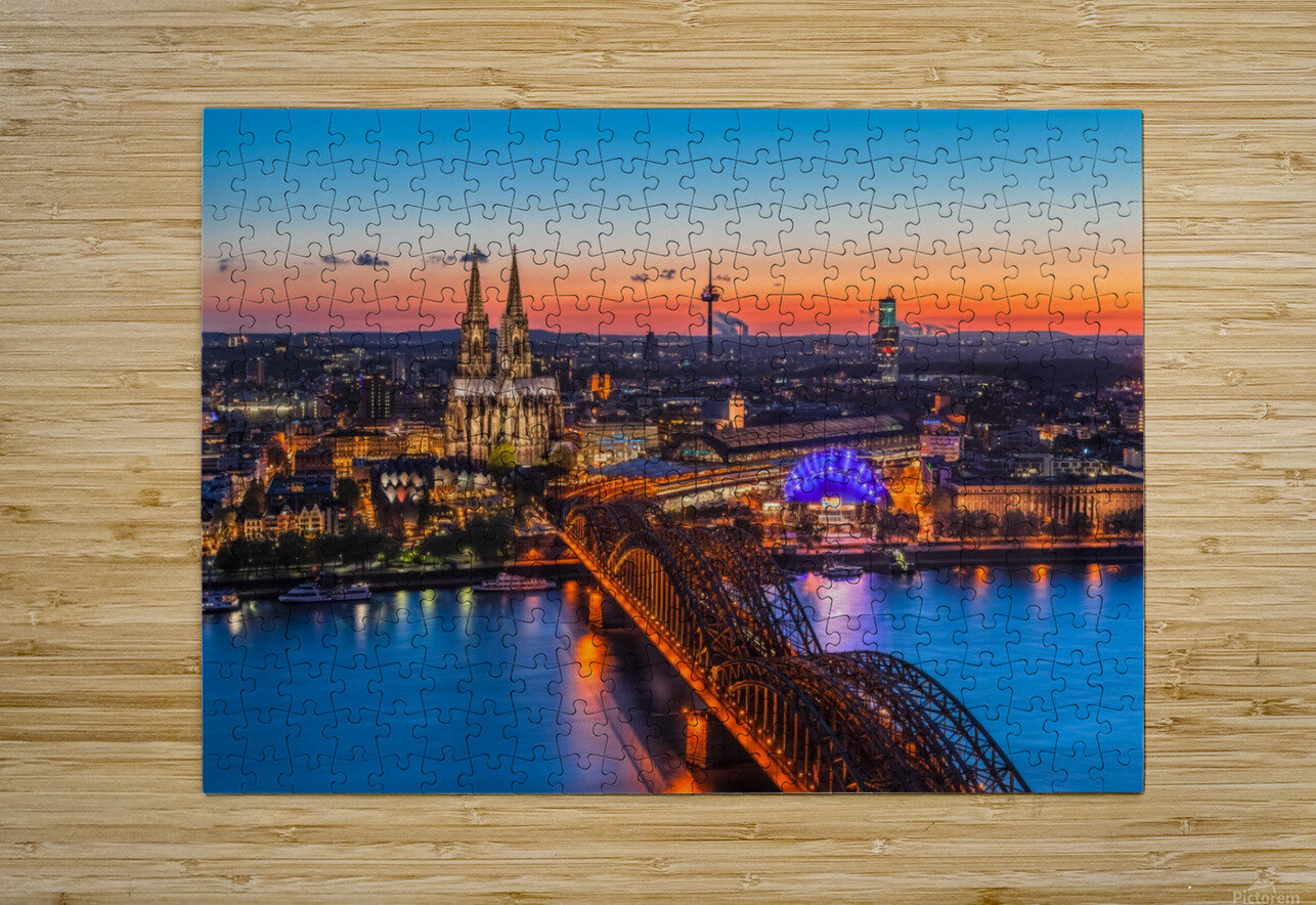 COLOGNE 03  HD Metal print with Floating Frame on Back