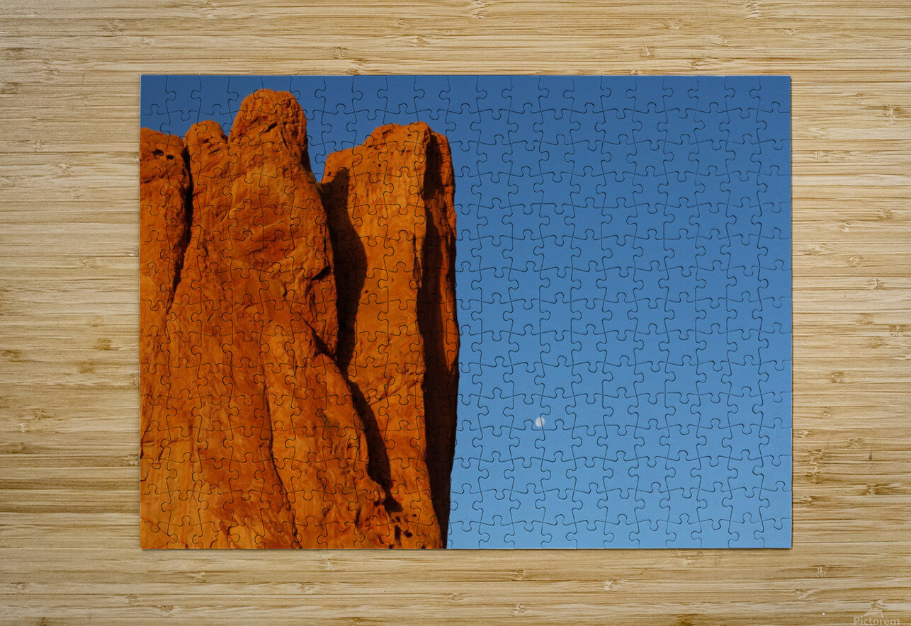 Red Rock and the Moon-BDR4129  HD Metal print with Floating Frame on Back