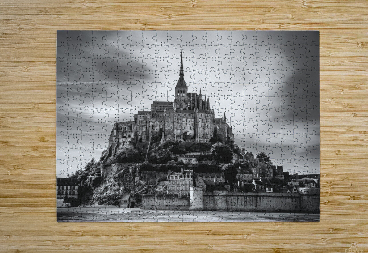 B&W Mont Saint Michel  HD Metal print with Floating Frame on Back