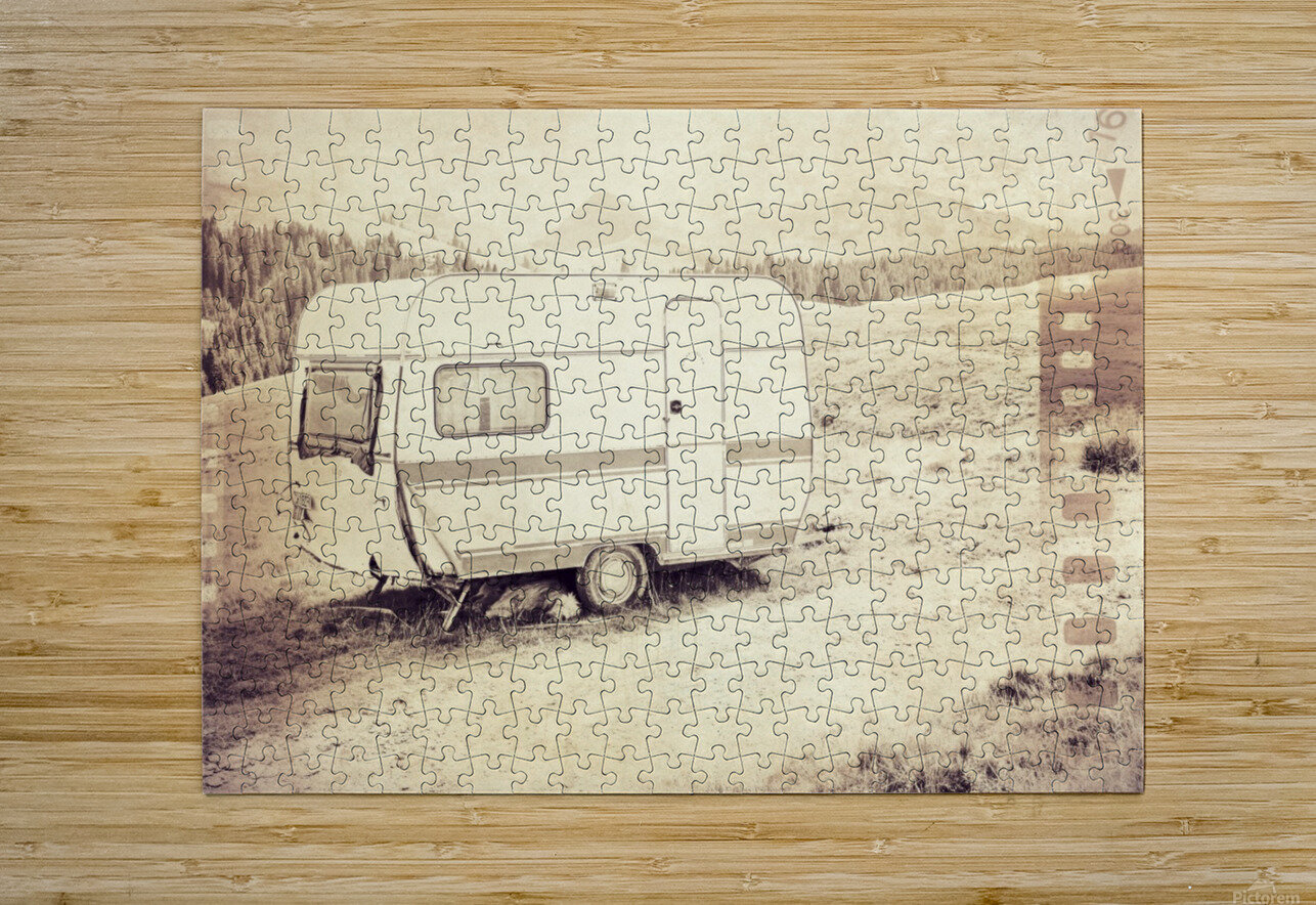 vintage travel trailer  HD Metal print with Floating Frame on Back