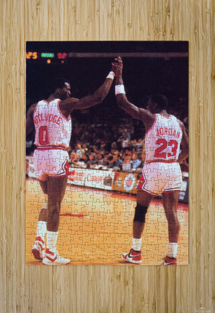 1985 Bulls High 5 Poster  HD Metal print with Floating Frame on Back