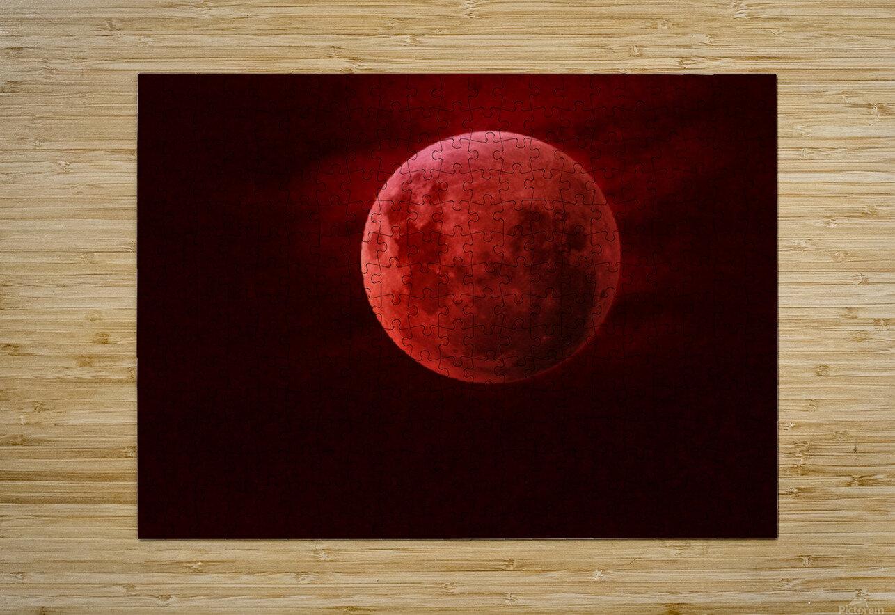 One Red Moon  Impression métal HD avec cadre flottant sur le dos