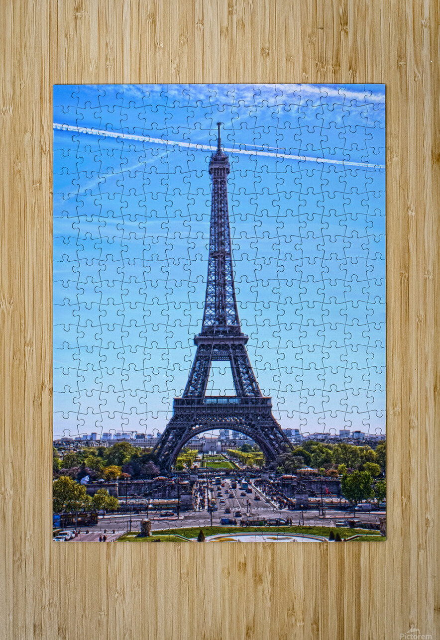 Majestic Eiffel  HD Metal print with Floating Frame on Back