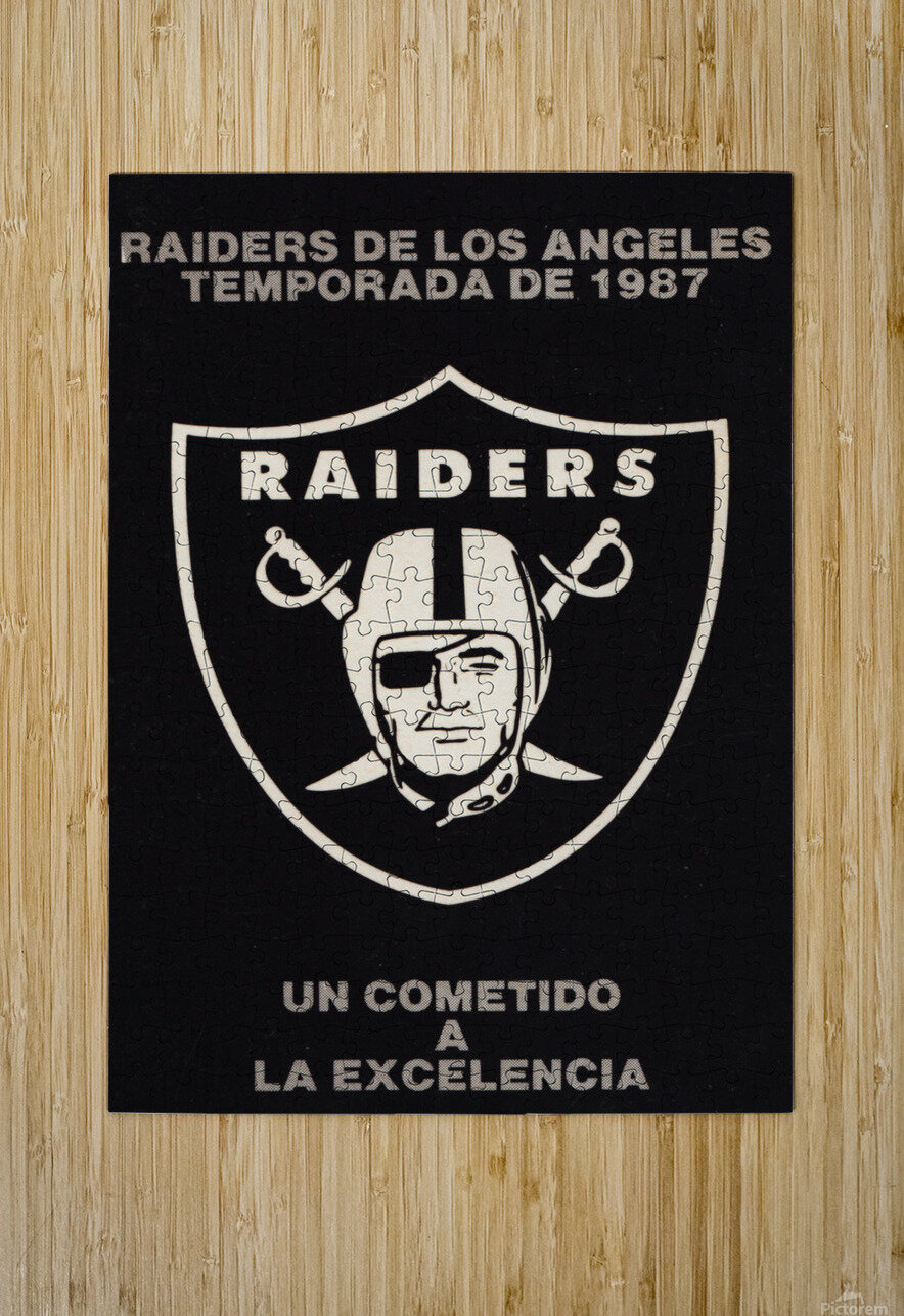 1987 Raiders Un Cometido A La Excelencia Poster  HD Metal print with Floating Frame on Back