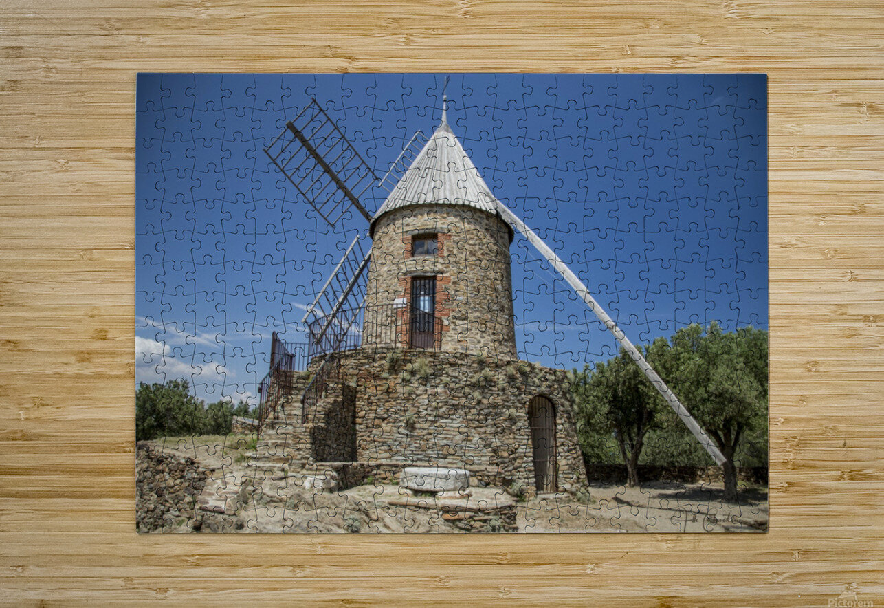 Moulin Collioure   HD Metal print with Floating Frame on Back