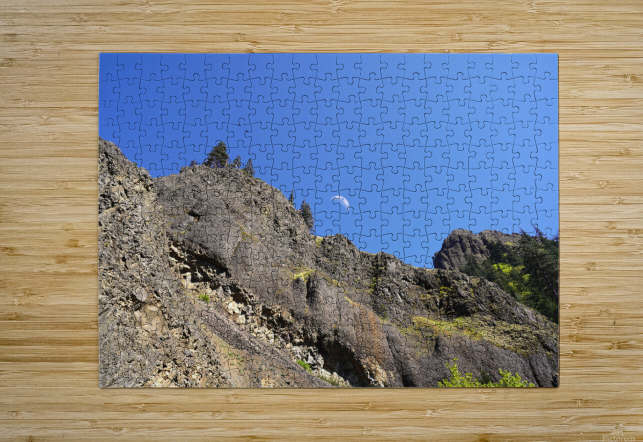 The Gorge Oregon  HD Metal print with Floating Frame on Back
