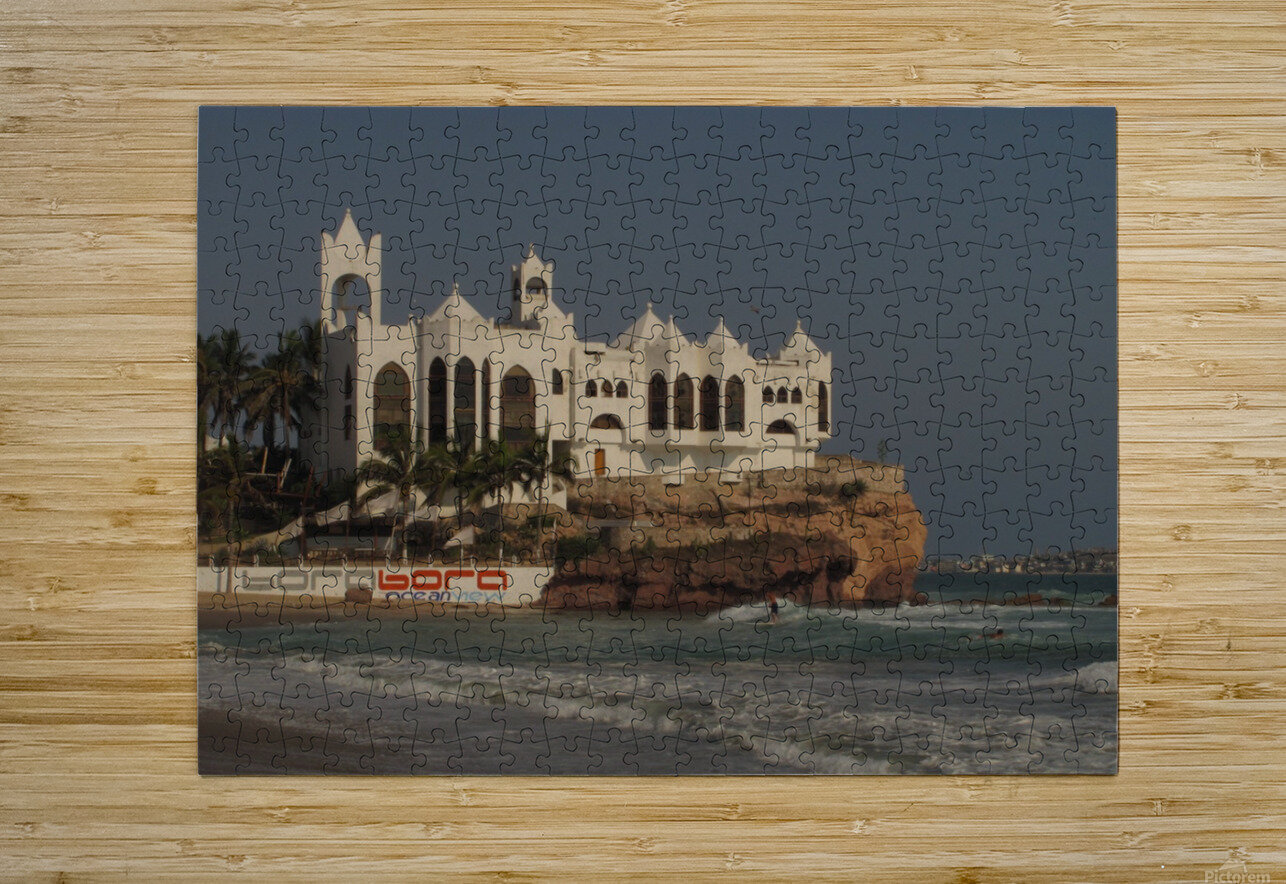 White Castle  HD Metal print with Floating Frame on Back