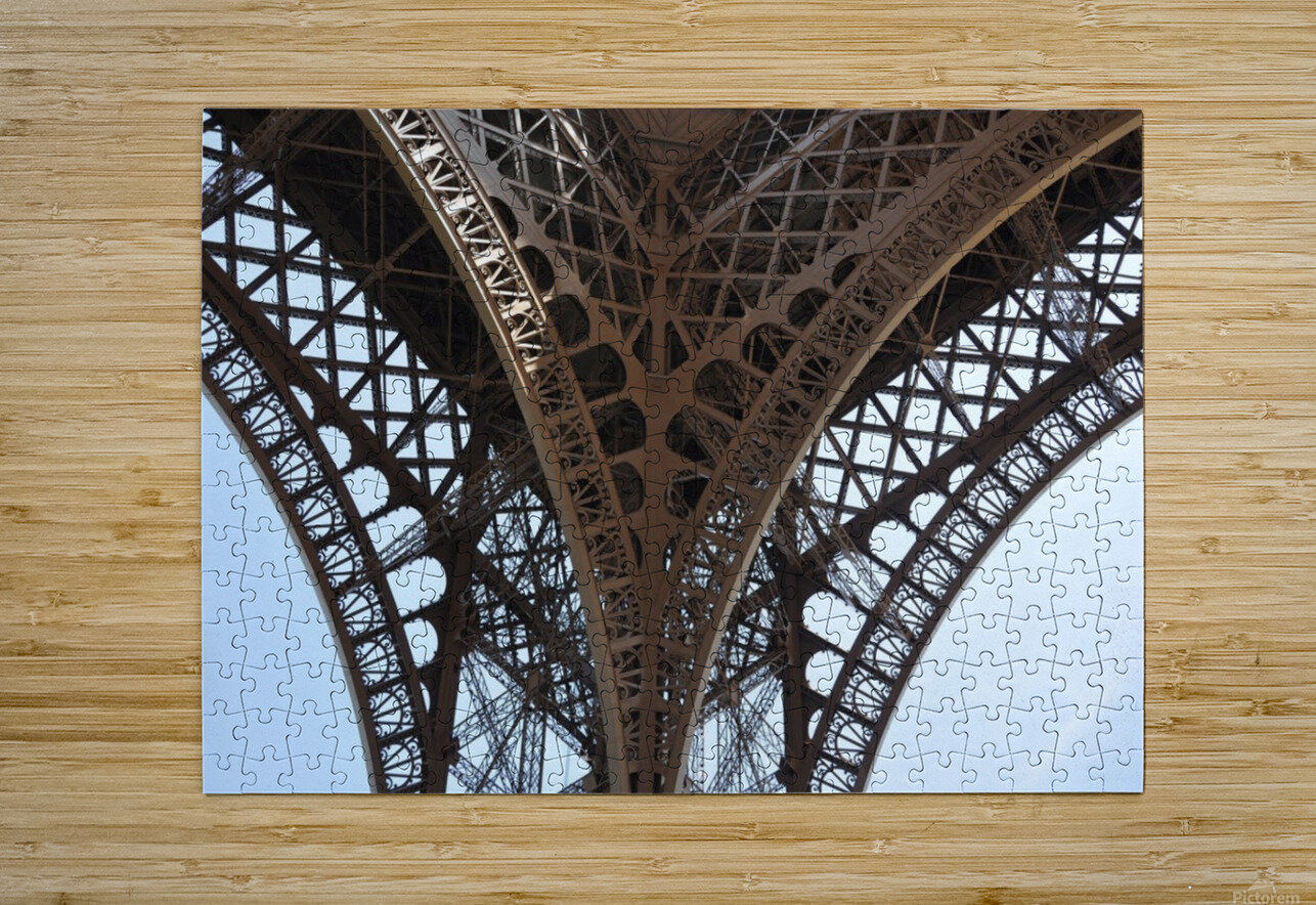 eiffel structure  HD Metal print with Floating Frame on Back