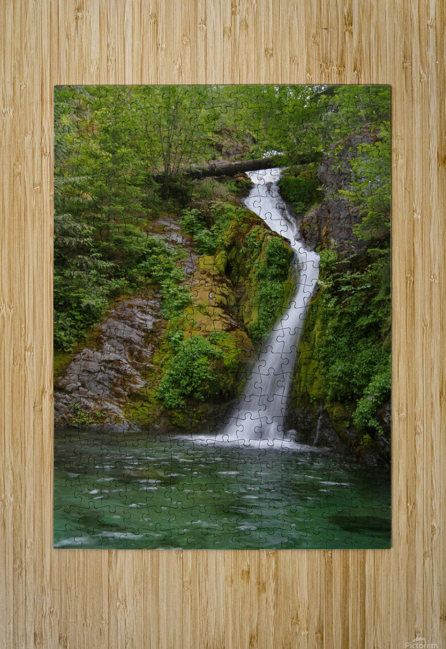 Full view of Sullivan Falls in the Opal Creek Wilderness, Oregon  HD Metal print with Floating Frame on Back