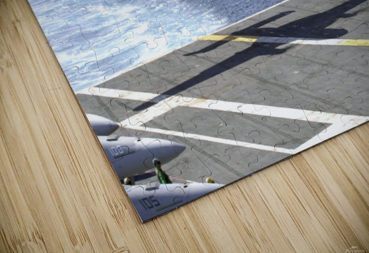 An E-2C Hawkeye makes its approach to the flight deck of USS Dwight D. Eisenhower. HD Sublimation Metal print