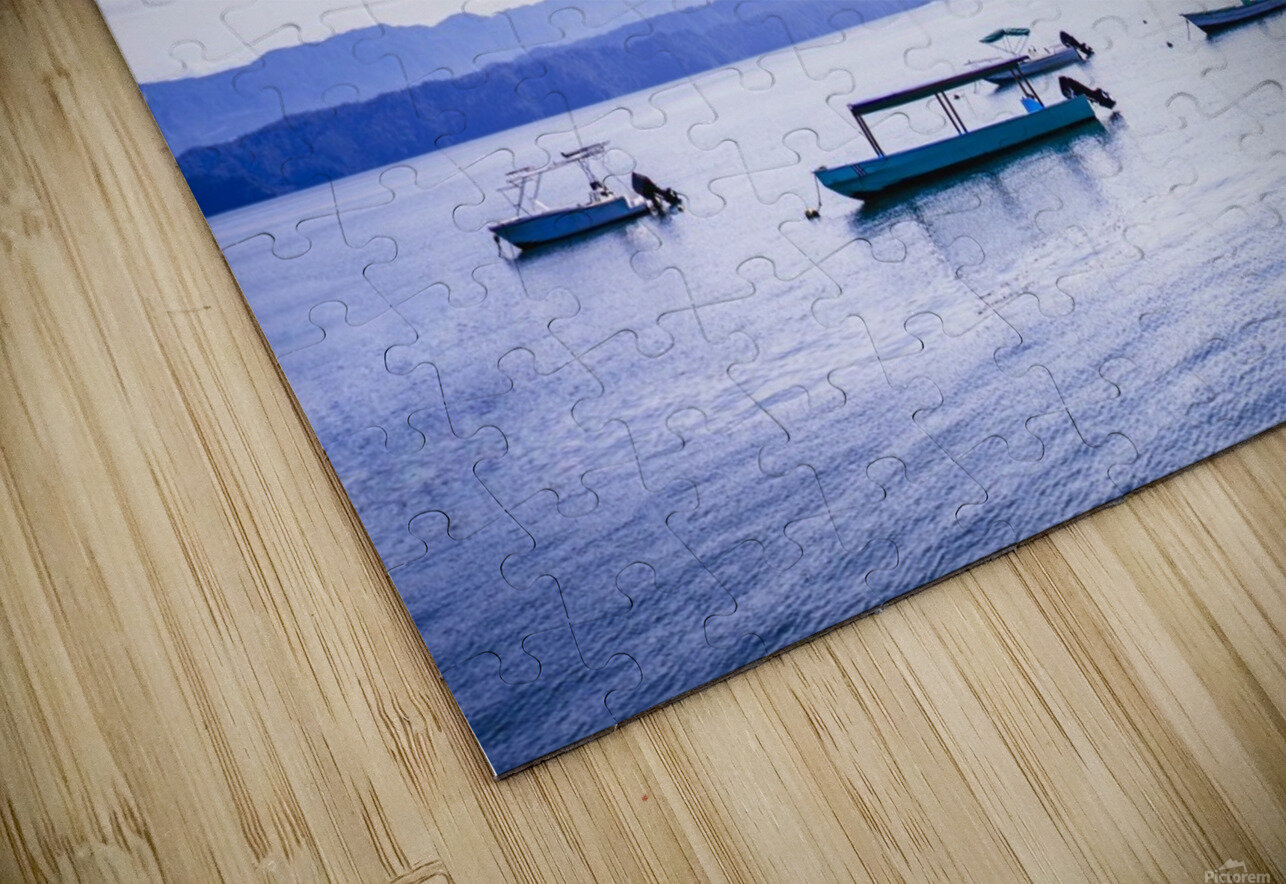 Sunrise in the Osa peninsula with boats in harbour HD Sublimation Metal print