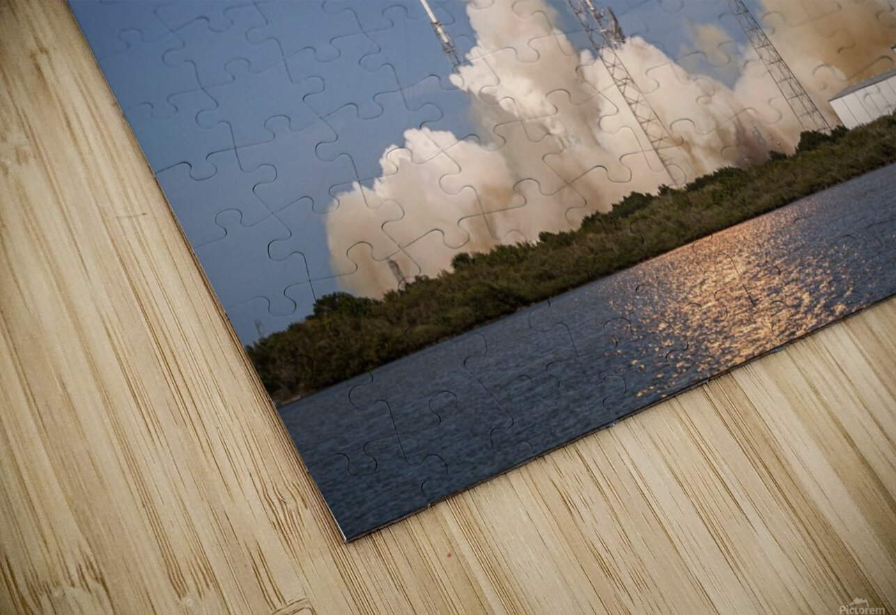 Falcon 9 Lifts Off from Space Launch Complex 40 HD Sublimation Metal print