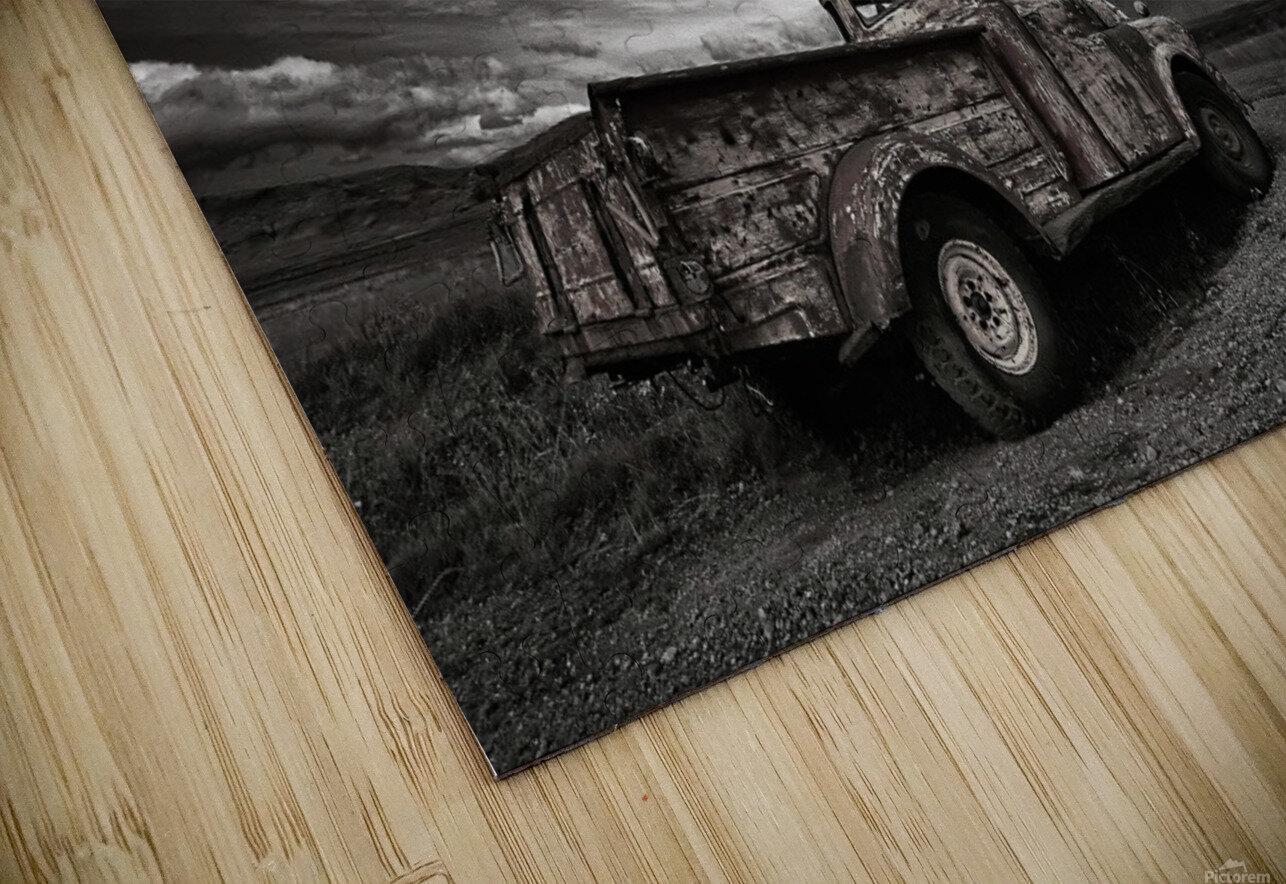 Old Truck (mono) HD Sublimation Metal print