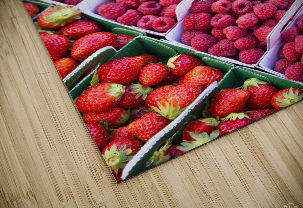 Berries in boxes at a food market;Sault vaucluse provence france HD Sublimation Metal print