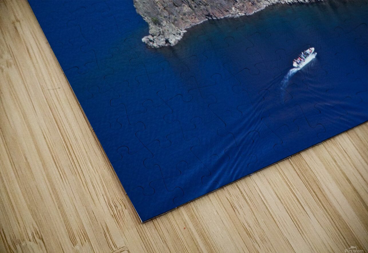 Phantom Ship and tourist boat, Crater Lake National Park    HD Sublimation Metal print