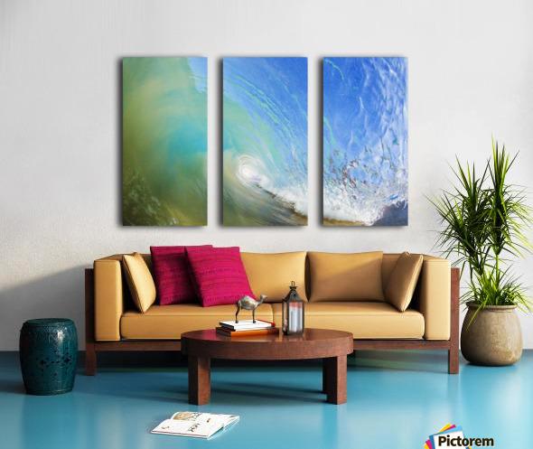 Hawaii, Maui, Makena, Beautiful blue wave breaking at the beach. Split Canvas print