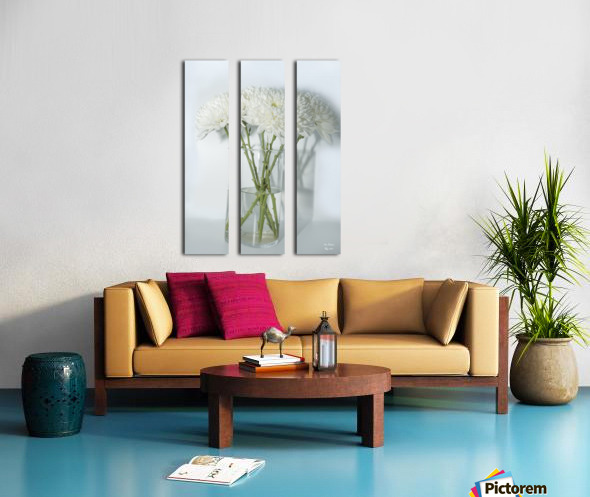 Mum Flower in a Vase Split Canvas print