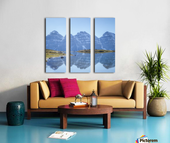 Mountain diaries Split Canvas print