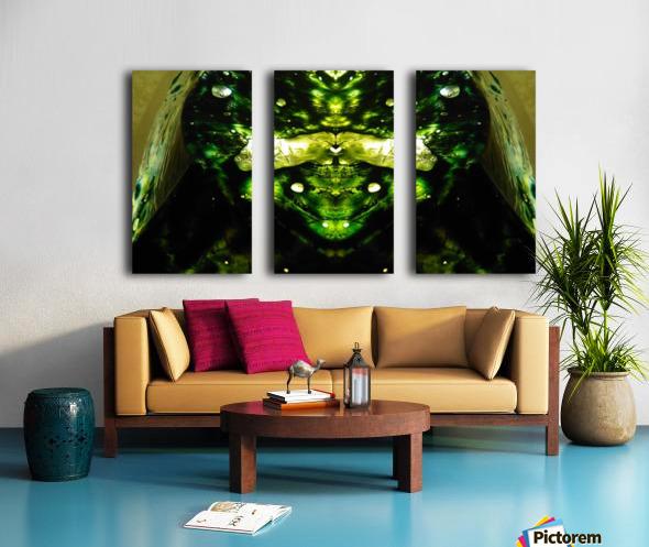 1538540453882 Split Canvas print