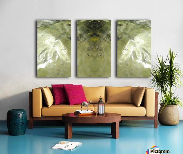 1538650889234_1538661216.28 Split Canvas print
