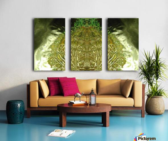 1539056797847 Split Canvas print