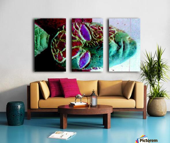 1540675361047 Split Canvas print