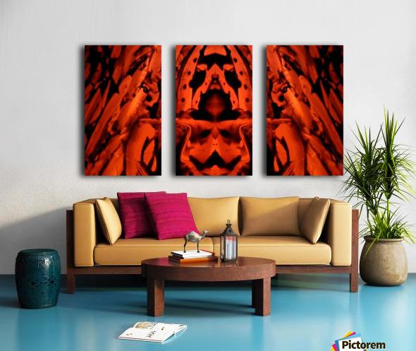 1542082237300 Split Canvas print