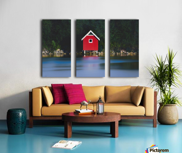 The red house Split Canvas print