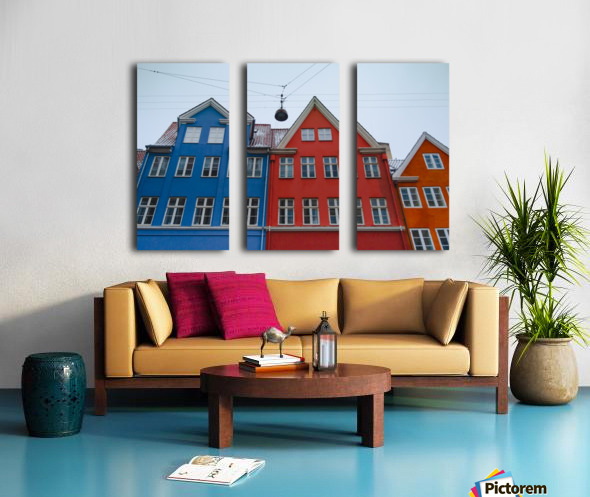 The red and blue house in Copenhagen Split Canvas print
