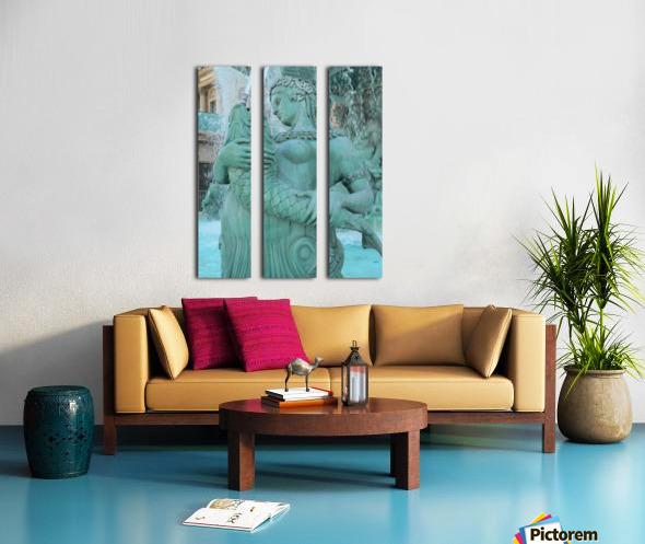 Statue Split Canvas print