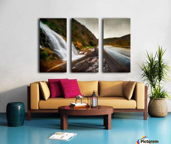 Niagara on the French Split Canvas print