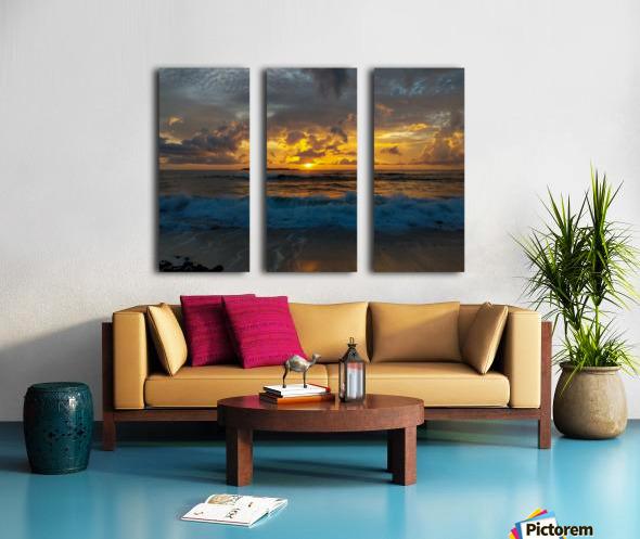 Eleuthera Sunrise splashdown Split Canvas print