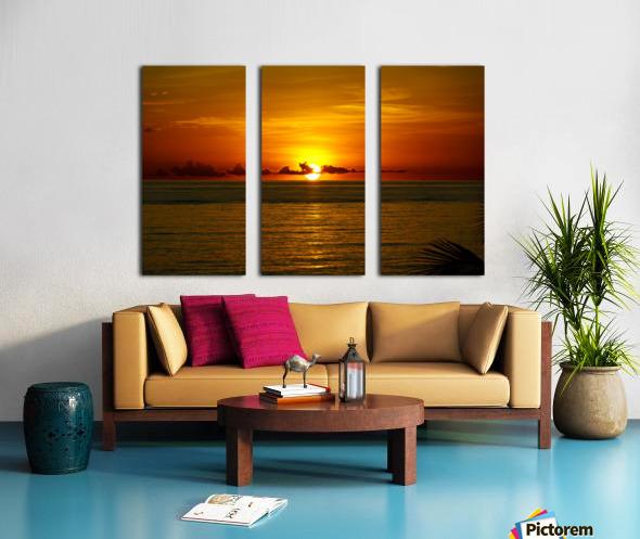 Sun rising on the Caribbean Split Canvas print