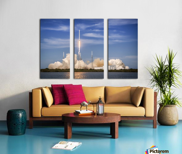 Falcon 9 Lifts Off from Space Launch Complex 40 Split Canvas print