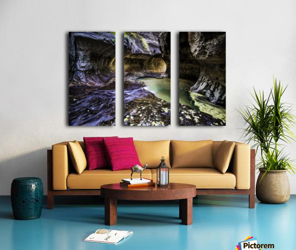 Mind the Gap Split Canvas print