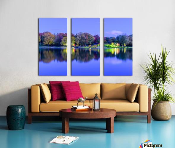 Beaver lake reflection Split Canvas print