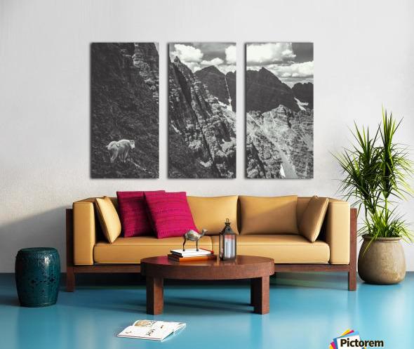 Pyramid Peak Mountain Goat Split Canvas print