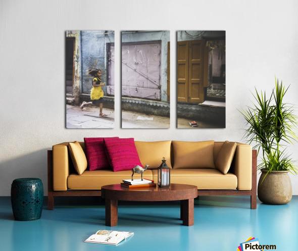 Varanasi Window - The girl Toile Multi-Panneaux