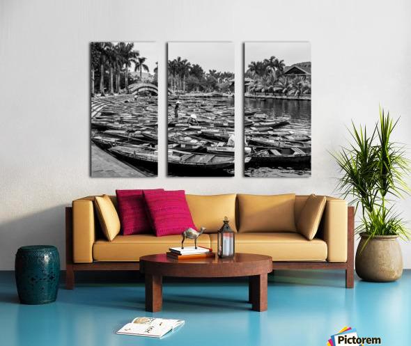 Boats in the river of Vietnam Split Canvas print