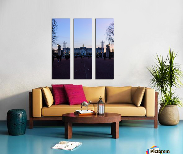 Dusk at Buckingham Palace London Split Canvas print