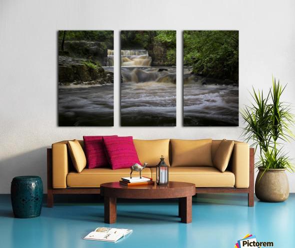 Rushing water at Horseshoe falls Split Canvas print