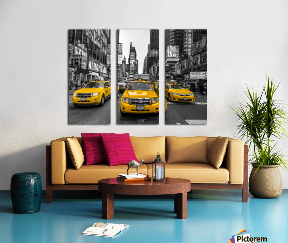 Taxi on broadway, New York Split Canvas print