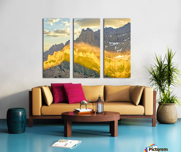 Golden Rays of the Sun Across the Swiss Alps Split Canvas print