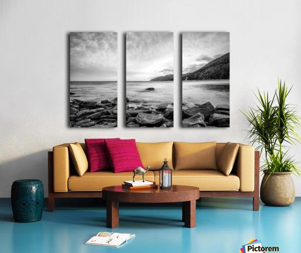 Serenity Waters Split Canvas print