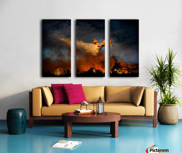 Wall of fire Split Canvas print