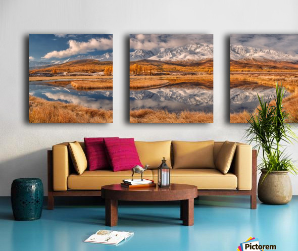 Mirror for mountains Split Canvas print