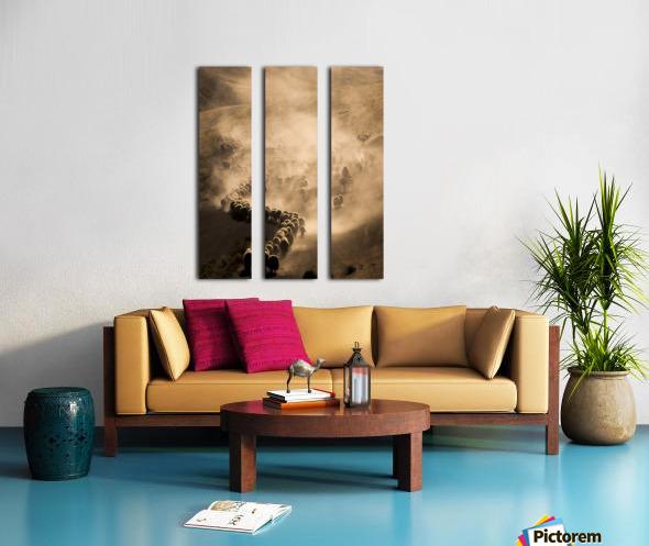 Tozlu Yolculuk Split Canvas print