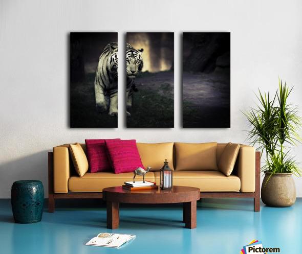 White walker Split Canvas print