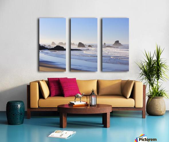 Tide At Indian Beach; Oregon, United States Of America Split Canvas print