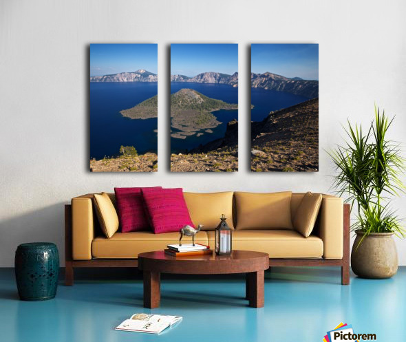 West rim view of Crater Lake overlooking Wizard Island Split Canvas print
